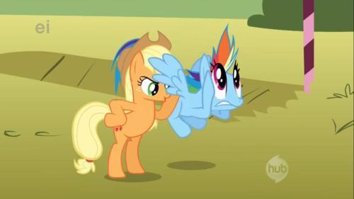 File:Rainbow Dash eye error S01E13.jpg