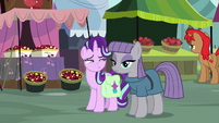 Starlight looks at Maud suspiciously S7E4