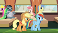 """Applejack """"messed them up somehow"""" S6E18.png"""