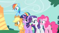 Confident Twilight with amazed friends S1E26