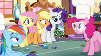 Pinkie Pie's friends listening Pinkie Pie talking S4E18