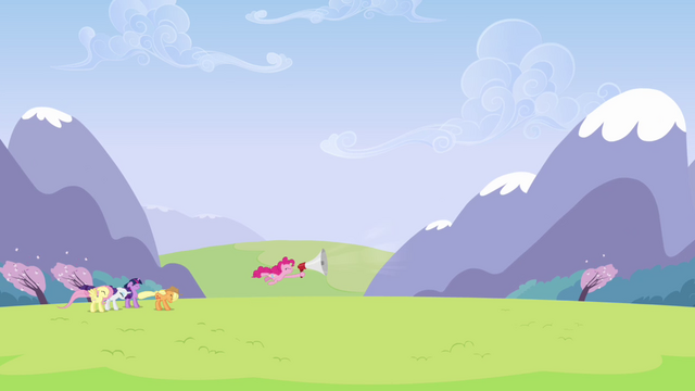 File:Pinkie Pie shouting in megaphone S3E7.png