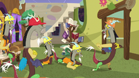 Discord tells his duplicates to stand back S7E12