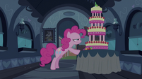 Pinkie Pie keeping a close eye on MMMM 2 S2E24