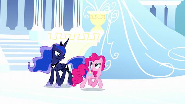 File:Pinkie and Luna in dream Cloudsdale S5E13.png