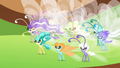Breezies gathered together S4E16.png