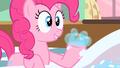 Pinkie Pie bubbles S2E13.png