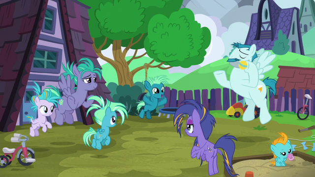 File:Young Sky Stinger and his family S6E24.png