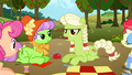 """Granny Smith frustrated """"oh, fingle-fangle!"""" S3E8.png"""