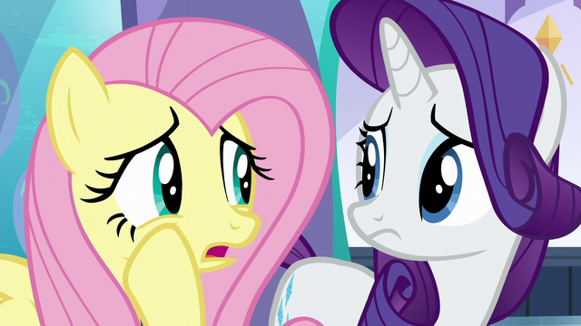 "File:Fluttershy whispering ""that's not very reassuring"" S6E1.png"
