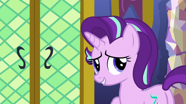 File:Starlight thanks Spike for his help S6E1.png