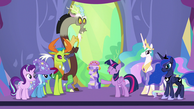 """File:Twilight Sparkle """"they set the changelings free"""" S7E1.png"""