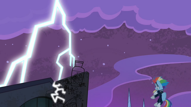 File:Rainbow sees neon sign destroyed by the lightning bolt S4E06.png