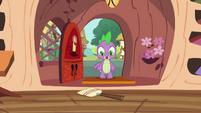 Spike finds the broom S4E15