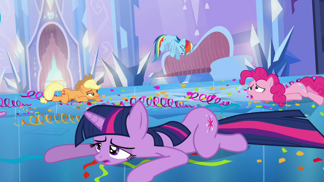File:Twilight and friends exhausted S03E12.png