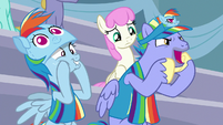 Bow Hothoof cheering for Rainbow Dash S7E7