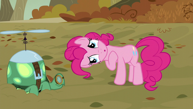 "File:Pinkie ""look at the cute wittle Tankie"" S5E5.png"