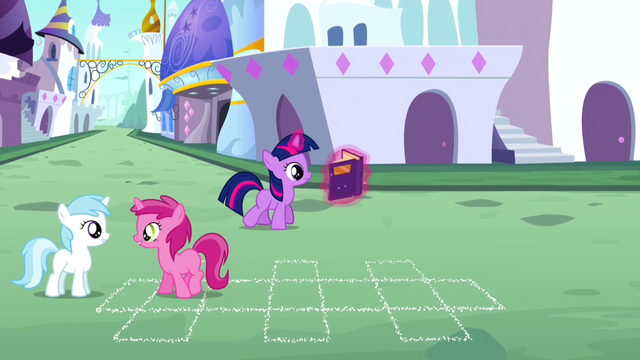 File:Filly Twilight reads S2E25.png