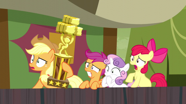 File:Applejack and CMC shocked S5E6.png