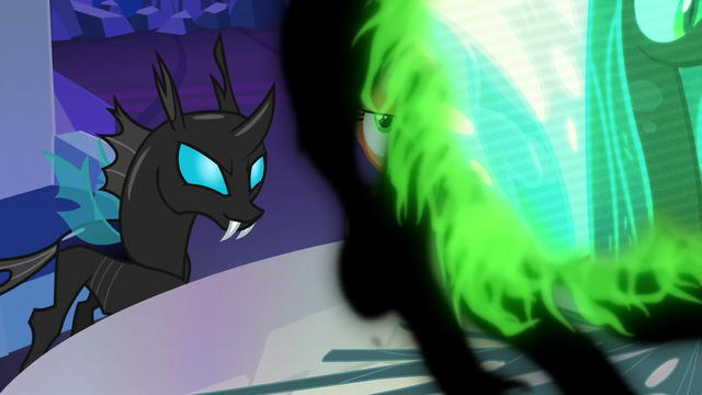 File:Twilight Changeling back in changeling form S6E25.png