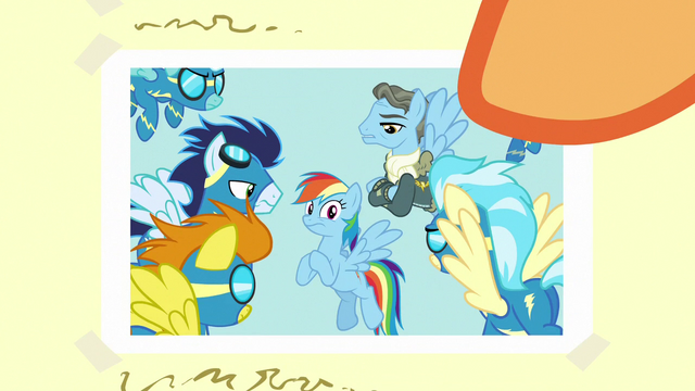 File:Close-up on photo of Rainbow Dash accused S7E7.png