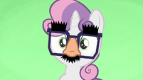 Sweetie Belle wearing Groucho glasses S7E8