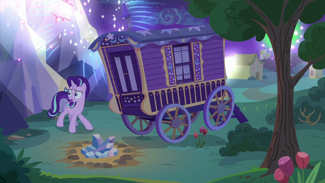 File:Starlight worrying about the fireworks' noise S6E25.png