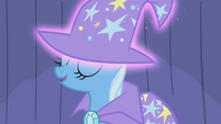 "Trixie ""oh, ye of little talent"" S1E06"