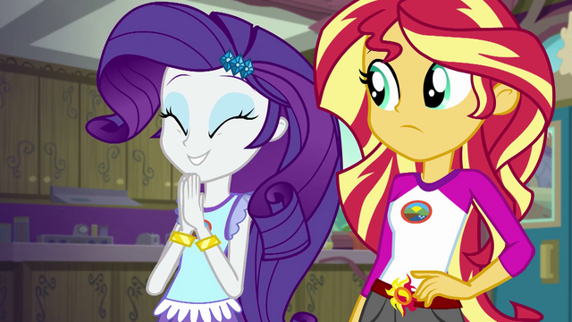 File:Rarity excitedly clapping her hands EG4.png