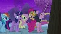 "Spy Pinkie Pie ""these walls are high"" S7E11"
