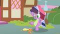 "Pinkie Pie ""a qwaysadiya?"" S01E24.png"