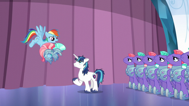 "File:Rainbow Dash ""take it easy!"" S6E1.png"