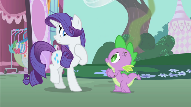 File:Rarity cringing from smelly Spike S1E25.png