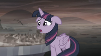 "Twilight ""...is worse than the last"" S5E26"