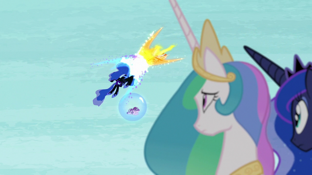 File:Nightmare Moon and Daybreaker power struggle S7E10.png
