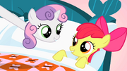 Sweetie Belle's long neck stretch S1E17.png