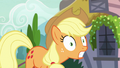 Applejack having a realization S7E9.png