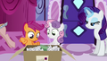 Helping Rarity S2E23.png