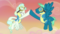 Sky Stinger and Vapor Trail high-hoof S6E24.png