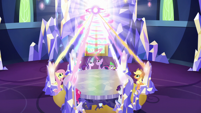 File:Twilight and Starlight pour magic into the thrones S6E12.png