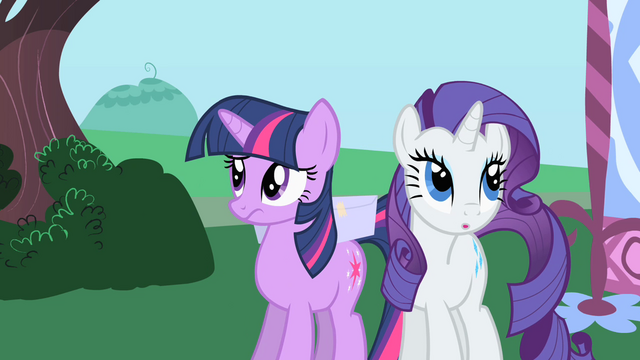File:Rarity surreptitiously approaching Twilight S1E25.png