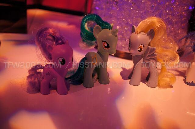 File:Toy Fair 2013 figurines of Diamond Tiara, Lyra and Derpy.jpg