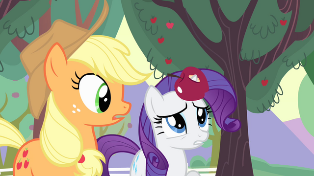 File:Rarity catches apple on her horn S4E07.png