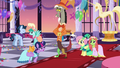 """Twilight """"I told you to keep your friend under control"""" S5E7.png"""