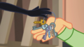 Juniper gives her studio keys to Canter Zoom EGS2.png
