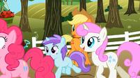 Liza Doolots and Twinkleshine running S02E15