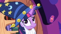 Twilight gives a piece of candy to Pinkie Pie S2E4