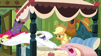 Apple Bloom jumping off the bed S3E4