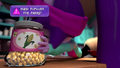 Twilight grabs jar of popcorn kernels EGM2.png