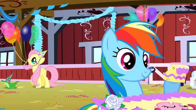 File:Rainbow Dash with some cake S01E25.png